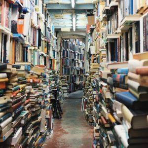 Jak działają internetowe skupy książek?